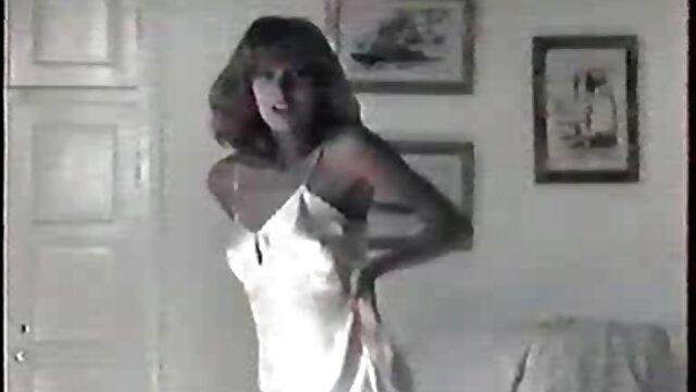 Sexy India Summer en madres follando anal lencería se folla a un jefe maduro