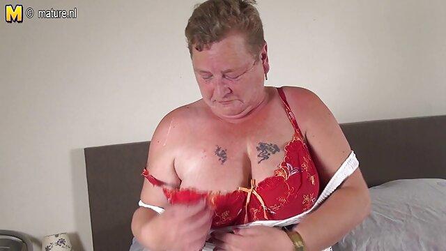 Belleza chico folla a su madre gorda con culo grande y tetas apretadas folla en un casting