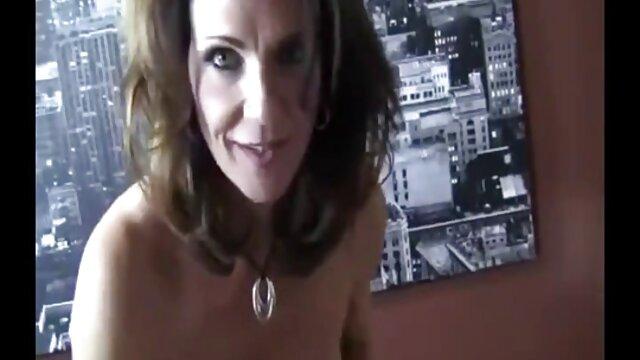 A la videos xxx mamas con sus hijos joven Vanessa le encanta llevárselo a la boca