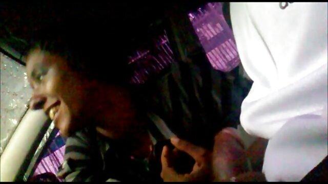 Japonés maduro lascivo se folla a una joven asiática en hijos cojiendo con sus madres la habitación